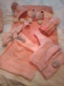 Baby set. Gorgeous hand knitted baby set.