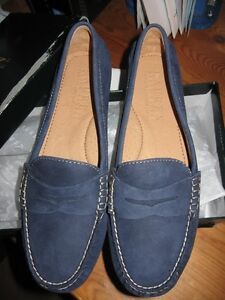 """Ralph Lauren """"Camila"""" Loafers - Navy Blue, Size 9B - NEW IN BOX"""