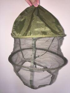 Chapeau anti-moustique