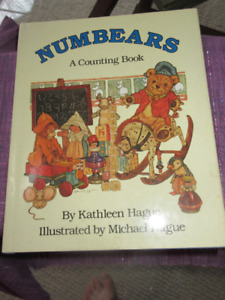 Numbers A Counting Book by Kathleeen Hague  HC/DJ