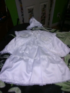 6-9month Christining Gown, cape,bonnet, shoe.