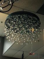 Grandiose lustre à cristaux de style Swarovski à vendre