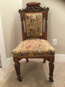 Antique accent dragon chair.