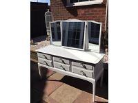 Stunning White 6 Drawer Dressing Table & Mirror