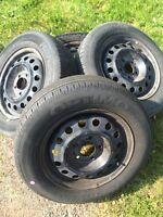 195 65R15 all season tires on rims