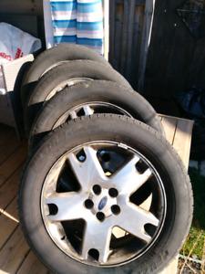 P225/60 R18 Tires
