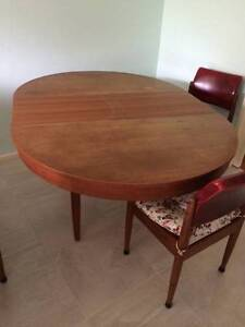 extendable dining table in Sydney Region NSW