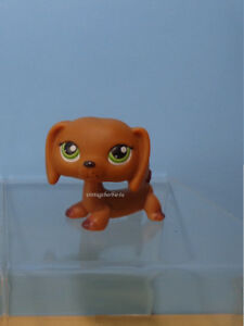 Littlest Pet Shop LPS #139 Dachshund Puppy Dog Green Eyes