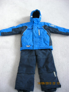 boys size8/10 snowsuit,snowboots with free school/winter clothes