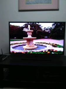"40"" SAMSUNG SMART TV in perfect condition"