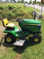 I'm selling and X300 John Deere lawnmower tractor