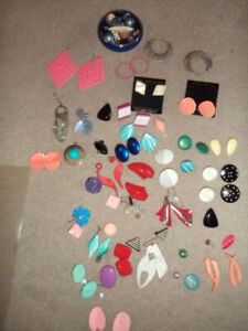 jewellery(   a lot of earrings all for pierced ears.  5.00 for a