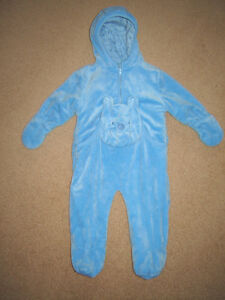 Boys Sleepers, Pj's, Clothes, Winter Sets - 12, 12-18, 18, 18-24 Strathcona County Edmonton Area image 4