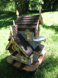 Birdhouse, the best quality You can get! Gift idea! London Ontario image 1