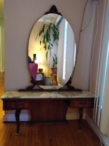 Gorgeous Antique Vanity table