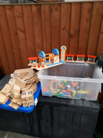 Wooden road vehicles and buildings large bundle