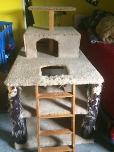 Cat Tree / Scratching Pad/ Hideaway