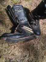 O'Neil racing boots size 6