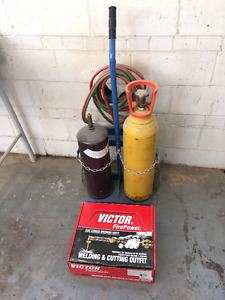 Welding Torch, Cutting Torch, Gas Tanks and Cart