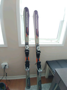 Rossignol Ski 150cm mint condition
