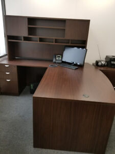 Used Office Furniture for Sale (near Airport)