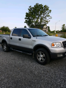 2005 FORD F 150  4 X 4
