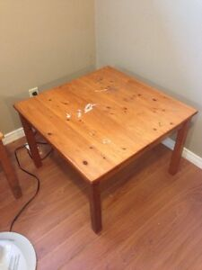 Coffee and end tables.  Peterborough Peterborough Area image 4