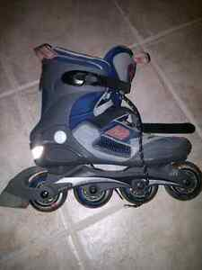 Two pairs roller blades