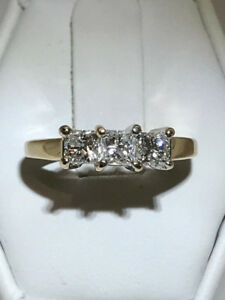 NEW 0.80TCW 3 DIAMOND PRINCESS CUT ENGAGEMENT RING 14K ON SALE!!