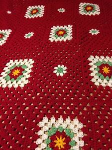 Crochet afghan Christmas red white green squares poinsettia  London Ontario image 2