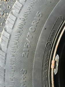 4 winter tires and rims 215/70R15