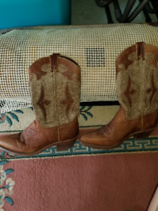 Herberts Womens Cowboy Boots (Brown) Size 9