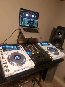 Pioneer CDJ'S 2000 Limited Edition. (Pearl White)