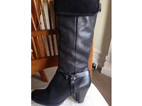 "Ladies ""Carvela"" stunning black leather boots size 5"