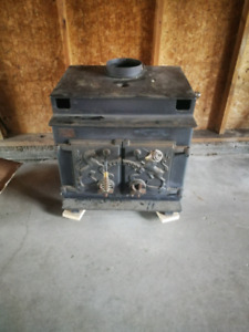Simple wood stove for house or cabin