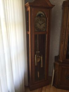 grandfather clock kijiji free classifieds in ottawa. Black Bedroom Furniture Sets. Home Design Ideas