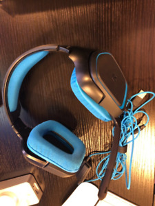 Logitech G430 Gaming Headset for Sale
