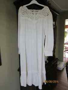 Antique looking women's nightgown with lace tatting Kitchener / Waterloo Kitchener Area image 1