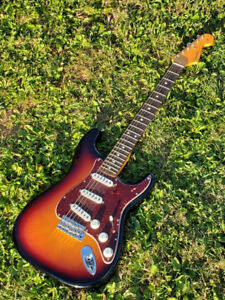 Fender USA John Mayer Signature Stratocaster - located on PEI