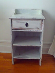 Country Farmhouse Antique Look Nightstand