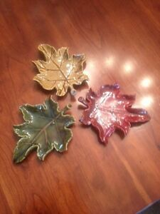 3 ceramic leaf dishes