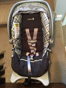 10 Bucks! Safety First Infant car seat and base