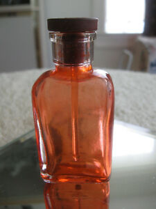 TINY OLD VINTAGE BOTTLE with RUBBER-TOPPED GLASS DAUBER