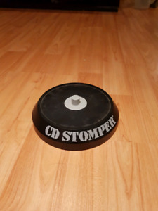 CD Stomper DVD / CD labelling system