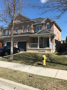 Desirable  Home in Vaughan- 3br + 3wr+basement