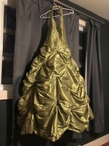 Robe de bal magnifique