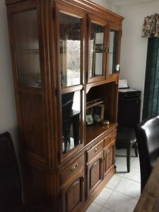 SKLAR Dining Table, Chairs & Hutch Peterborough Peterborough Area image 6