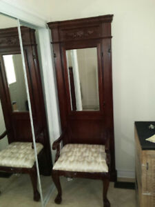 Entryway/Hallway chair with Mirror
