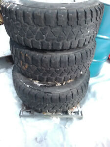 2SET of tires for sale