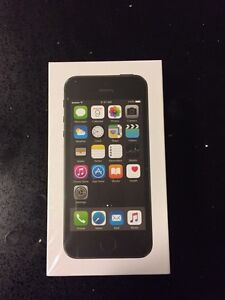 Brand new iPhone 5s-UNLOCKED, unopened